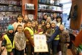 Super photo de groupe avec les enfants d'OPAL67 venus exprès pour rencontrer les deux expertes du Shogi